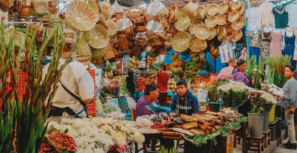 Roberto Carlos Roman Don Mexico Market