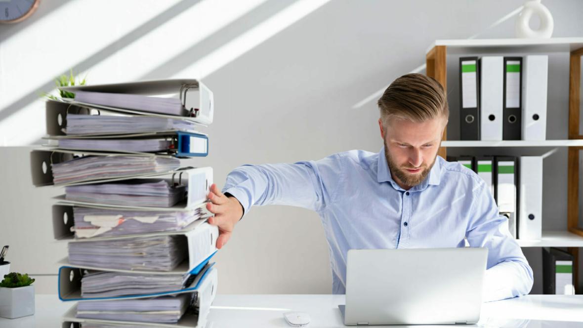 Employee Adopting Digital Transformation